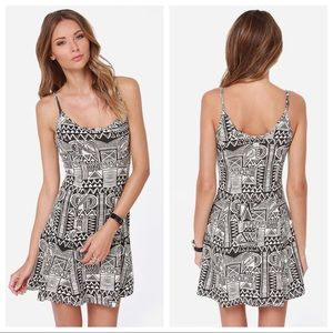 💗NWT💗BILLABONG Shout It Out Geometric Mini Dress